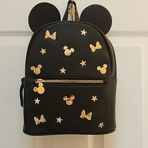 NWT Stunning Mickey Mouse backpack